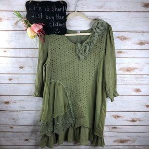 Pretty Angel crochet floral lace linen blend top